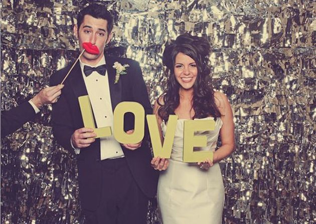 Photobooths at Weddings | Bridal Musings Wedding Blog
