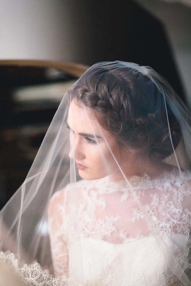 2015 Bridal Beauty Trends | Bridal Musings Wedding Blog 45