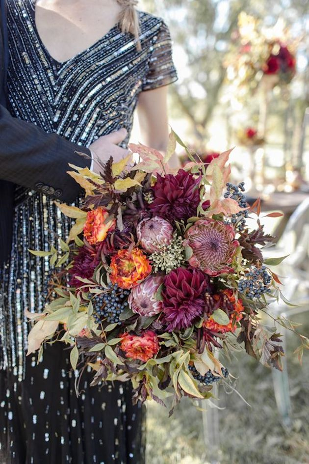 25 Gorgeous Fall Bouquets for Autumn Weddings | Bridal Musings Wedding Blog 18