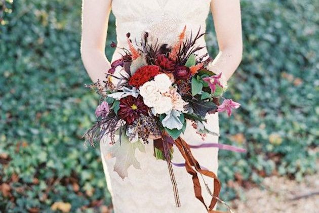 25-Gorgeous-Fall-Bouquets-for-Autumn-Weddings-Bridal-Musings-Wedding-Blog-23