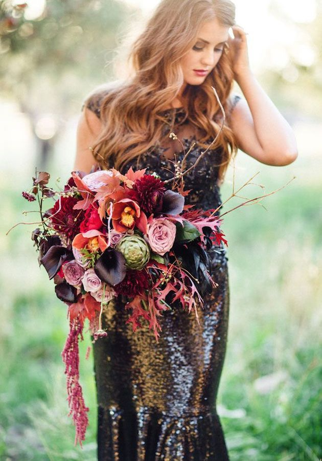 25 Gorgeous Fall Bouquets for Autumn Weddings | Bridal Musings Wedding Blog 4