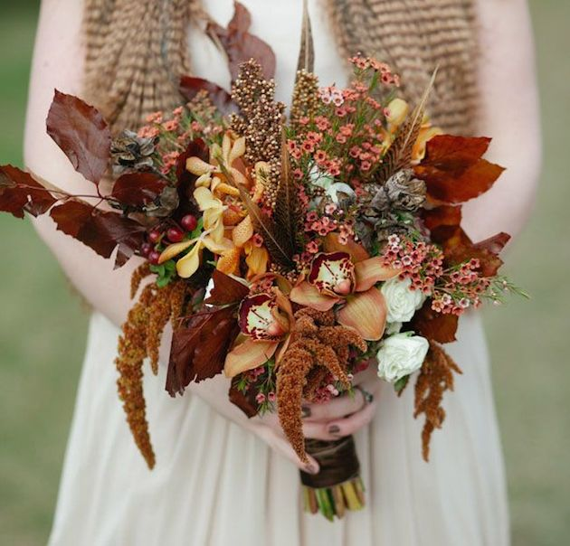 25 Gorgeous Fall Bouquets for Autumn Weddings | Bridal Musings Wedding Blog 5
