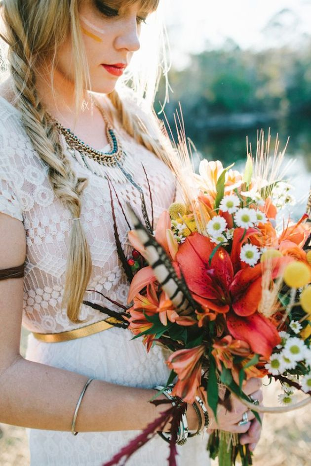 25 Gorgeous Fall Bouquets for Autumn Weddings | Bridal Musings Wedding Blog 6