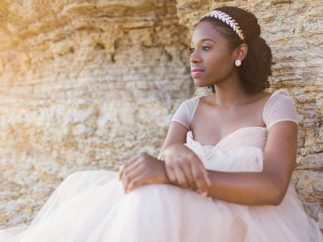 Dreamy-Beach-Bridal-Session-Courtnee-Murphy-Photography-Bridal-Musings-Wedding-Blog-2