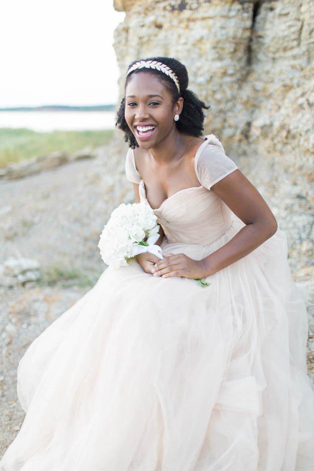 Dreamy Beach Bridal Session | Courtnee Murphy Photography | Bridal Musings Wedding Blog 6
