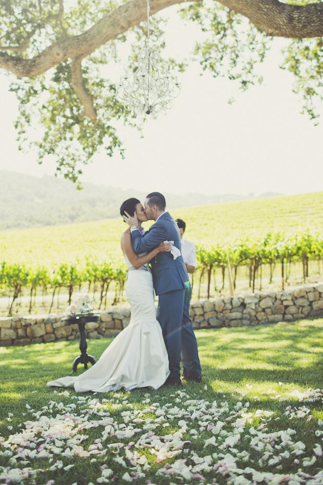 Super Pinnable Vineyard Wedding | Sarah Kathleen Photography | Bridal Musings Wedding Blog 34