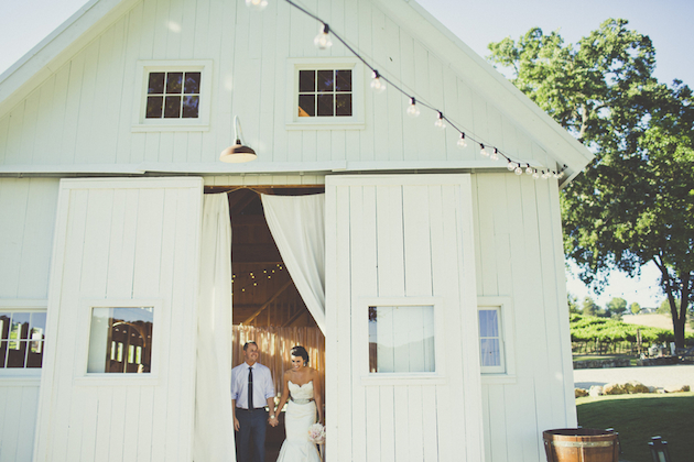 Super Pinnable Vineyard Wedding | Sarah Kathleen Photography | Bridal Musings Wedding Blog 49