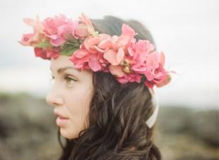 Tropical Hawaiian Bridal Inspiration Shoot