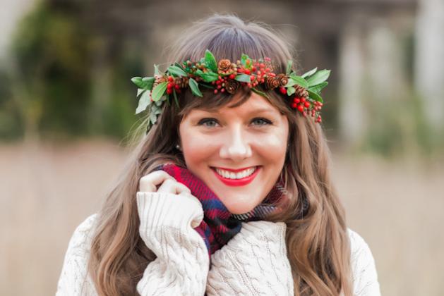 Christmas-Photoshoot-Festive-Wedding-Inspiration-Cortney-Smith-Photography-Bridal-Musings-Wedding-Blog-36