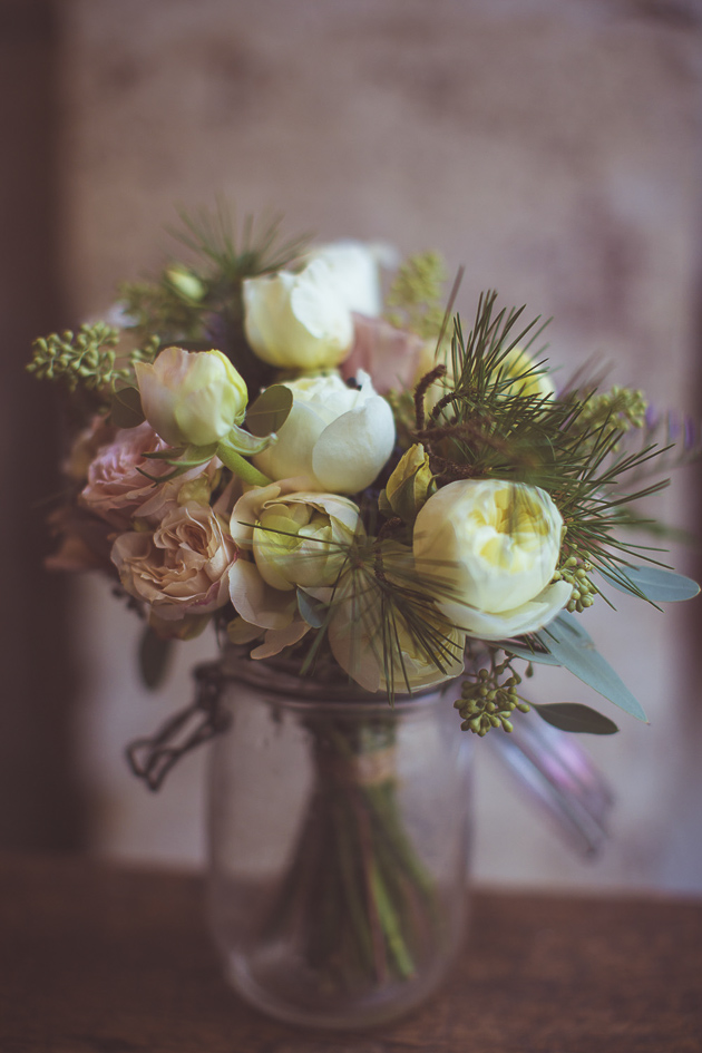 White Peony Bouquet | Camille Marciano for Junophoto | Bridal Musings Wedding Blog 33