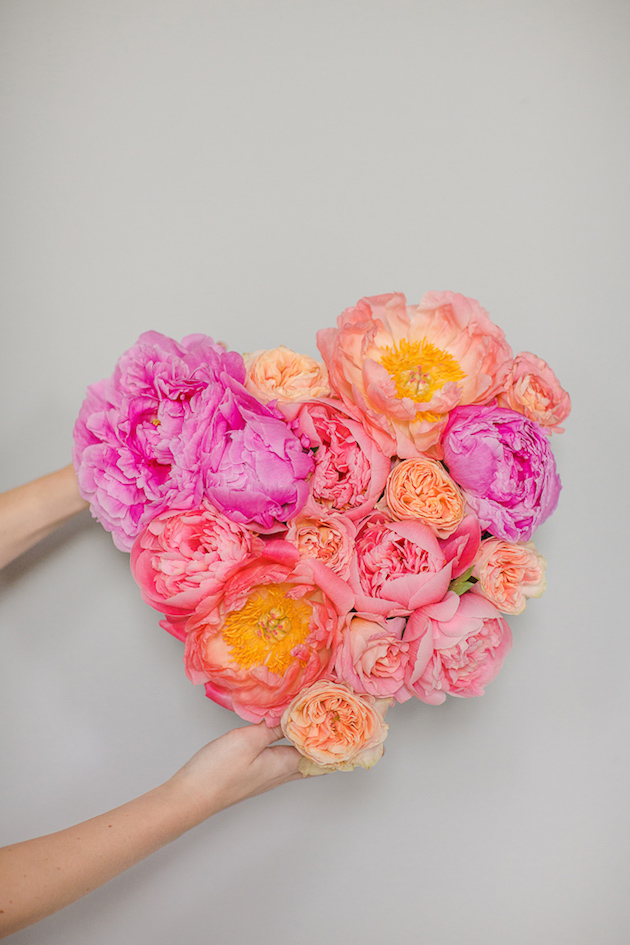 DIY Flower Heart Tutorial | Marianne Taylor Photography | Bridal Musings Wedding Blog 12