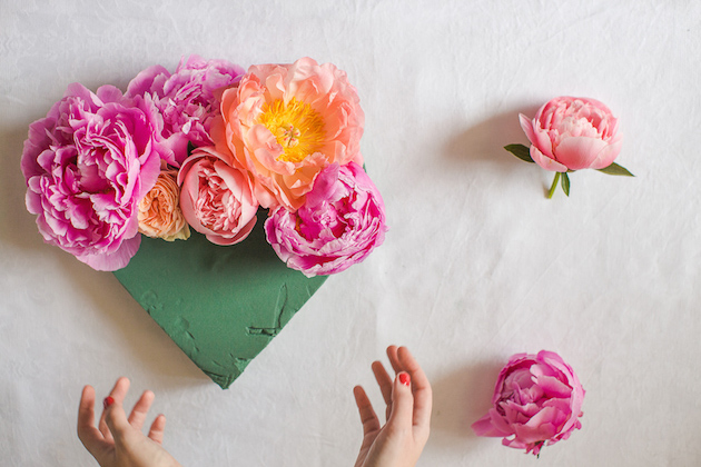 DIY Flower Heart Tutorial | Marianne Taylor Photography | Bridal Musings Wedding Blog 6