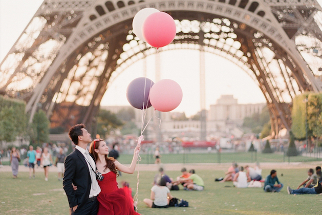 Paris-Engagement-Shoot-By-Aneta-Mak-Bridal-Musings-Wedding-Blog-37-1