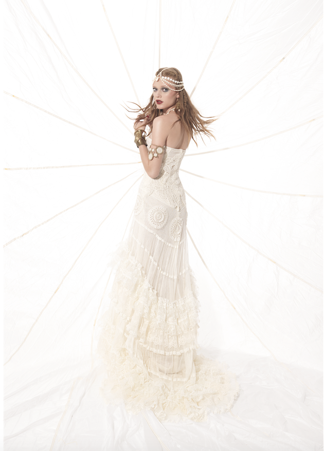 Yolan Cris Wedding Dress Collection | Bridal Musings Wedding Blog 24