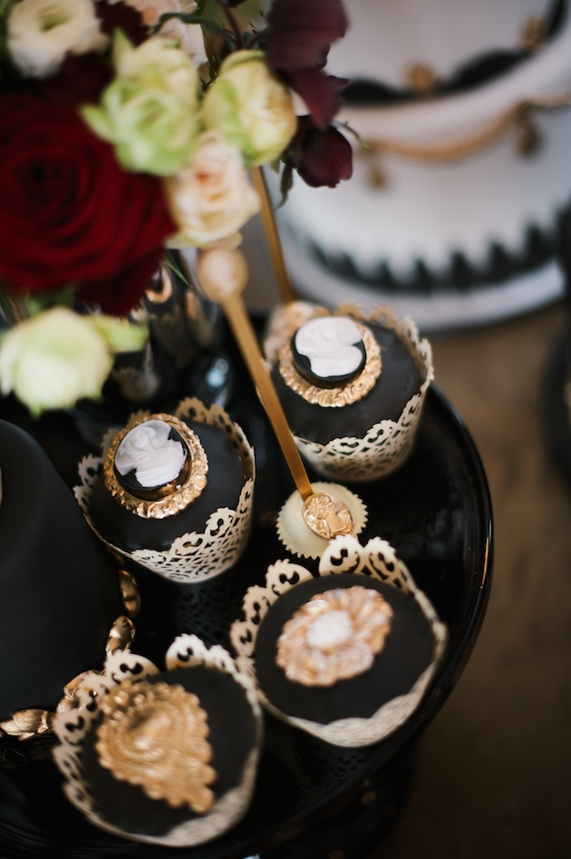 Luxurious Black amp Gold Wedding Inspiration