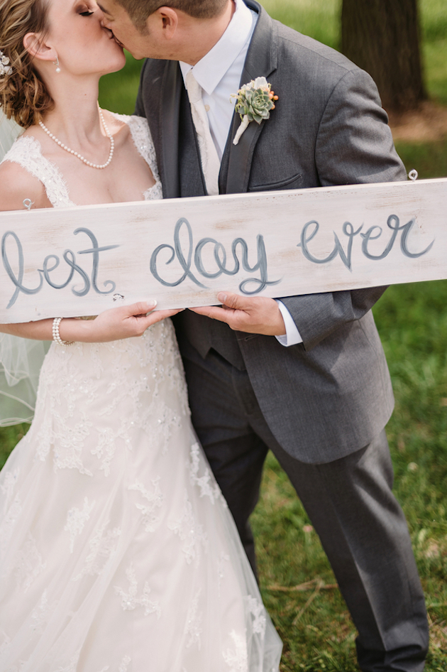 Romantic-Wedding-with-Beautiful-Blooms-Two-Birds-Photography-Bridal-Musings-Wedding-Blog-28-630x946