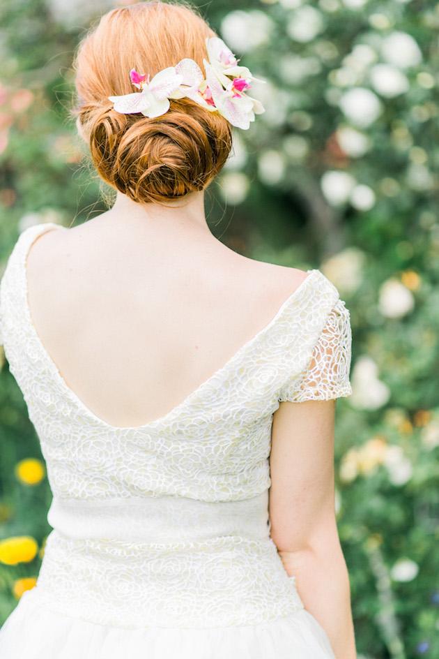 The Flower Bride | Kelsey Genna | Kate Grewal Photography | Bridal Musings Wedding Blog 14