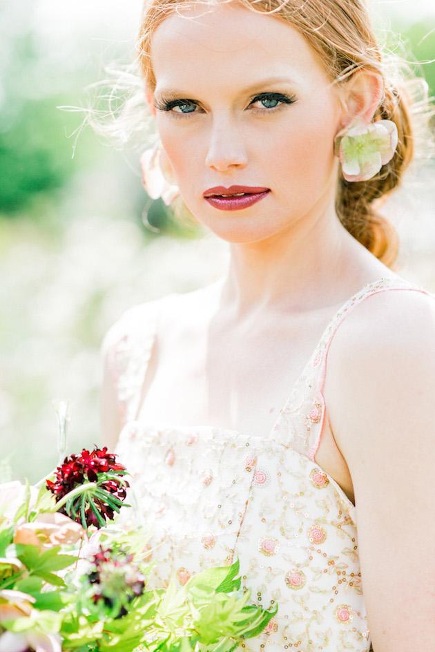 The Flower Bride | Kelsey Genna | Kate Grewal Photography | Bridal Musings Wedding Blog 26