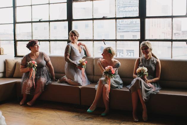 d6821aa284c Cool Warehouse-Style Spring Wedding In Chicago - Weddbook