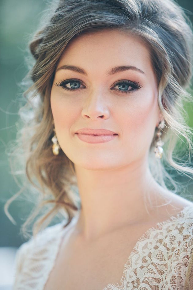 Romantic Wedding Makeup Looks : ... Bun Upstyle Wedding Hair Inspiration Bridal Musings Wedding Blog 8