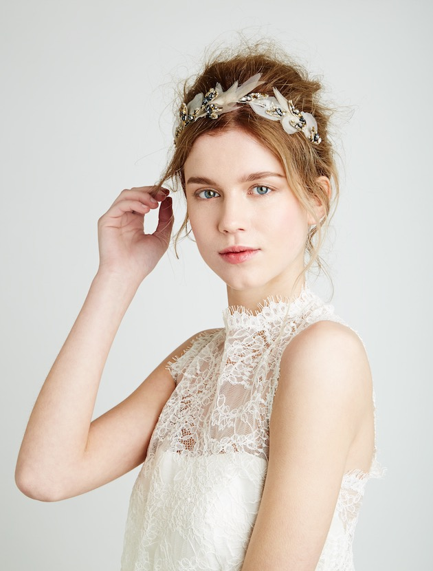 how to choose hair accessories for your wedding
