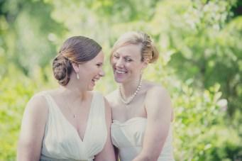 Romantic Flower-Filled Foodie Wedding