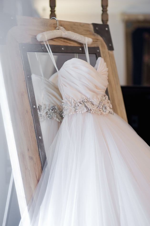 10 Tips For Wedding Dress Shopping At A Trunk Show Or