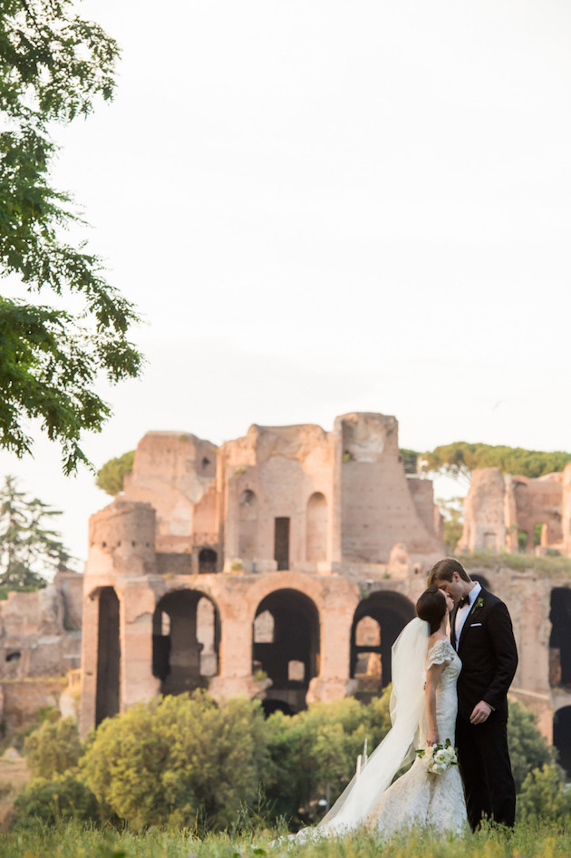 10 dos and don 39 ts for planning a destination wedding for Destination wedding planning guide