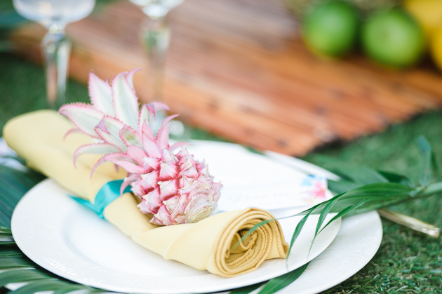 Tropical Wedding Inspiration | Hannah McClune Photography | Bridal Musings Wedding Blog 32