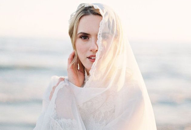The Ultimate Guide to Bridal Veils | Bridal Musings Wedding Blog