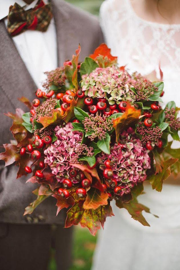 Autumn Wedding Flowers | Flowers for Fall | Bridal Musings Wedding Blog