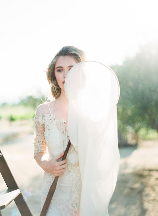Fine-Art-Bridal-Session-Magnolia-Adams-Photography-Kurt-Boomer-Workshops-Joy-Proctor-Styling-Bridal-Musings-Wedding-Blog-210-630x860