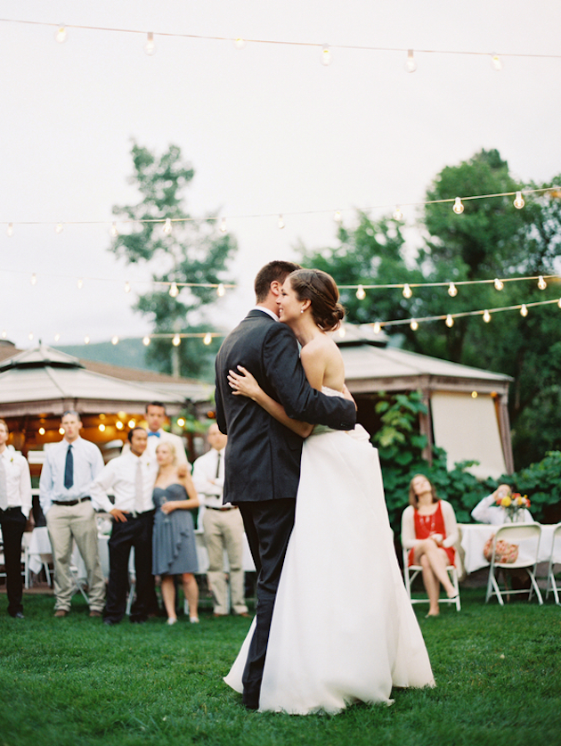 Pretty-Garden-Wedding-Sarah-Joelle-Photography-Bridal-Musings56