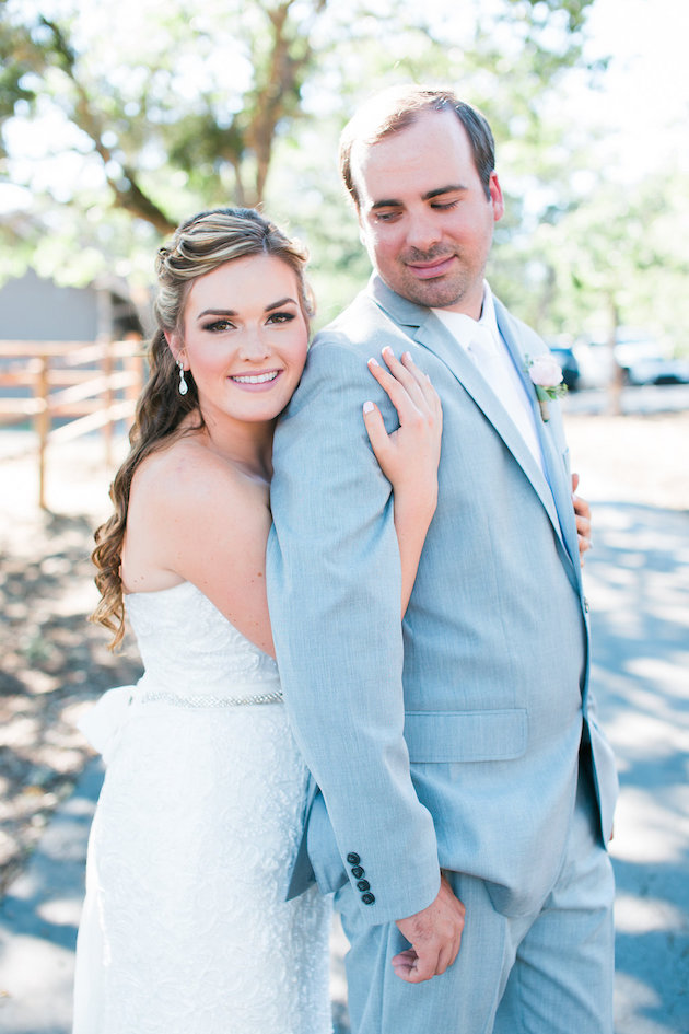 Pretty-Ranch-Wedding-Vivid-Photography-Bridal-Musings-Wedding-Blog-15-630x945