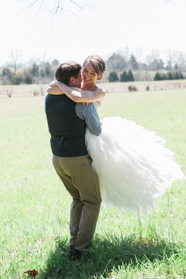 Sweet-Countryside-Wedding-Sarah-Sidwell-Photography-Bridal-Musings-Wedding-Blog-5-630x945