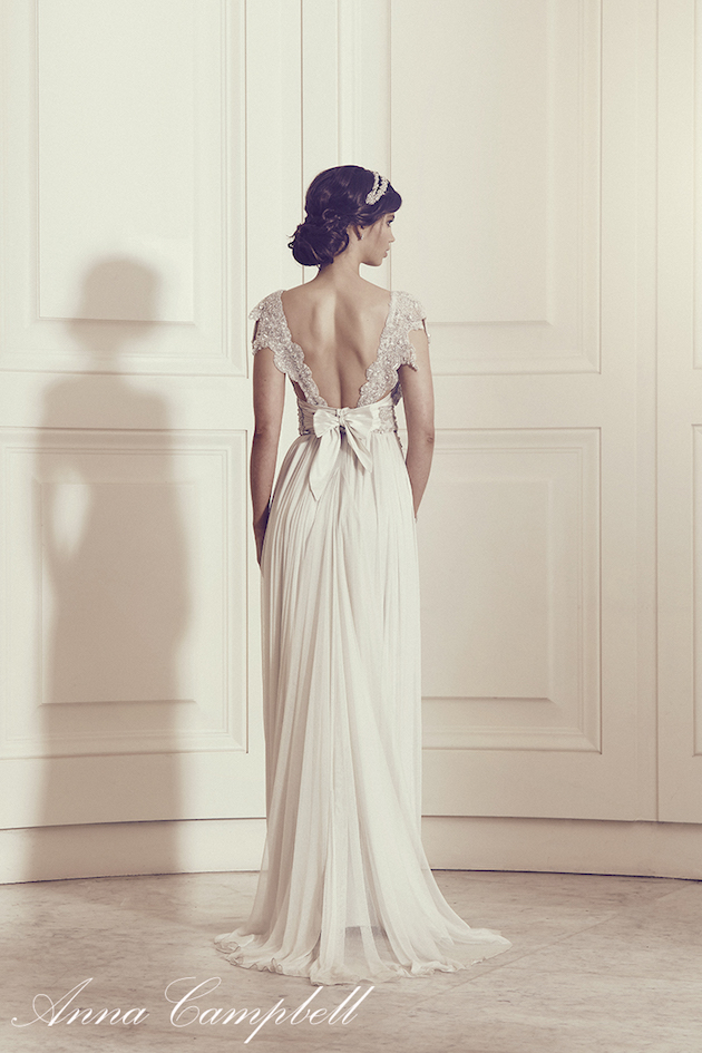 Anna Campbell Wedding Dress Collection | Bridal Musings Wedding Blog 16