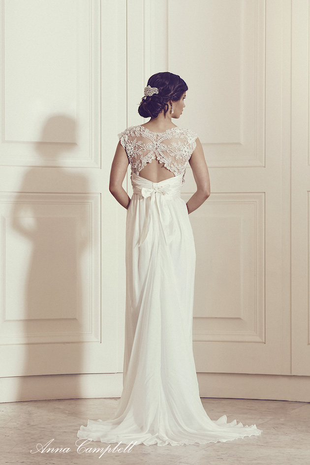 Anna Campbell Wedding Dress Collection | Bridal Musings Wedding Blog 24