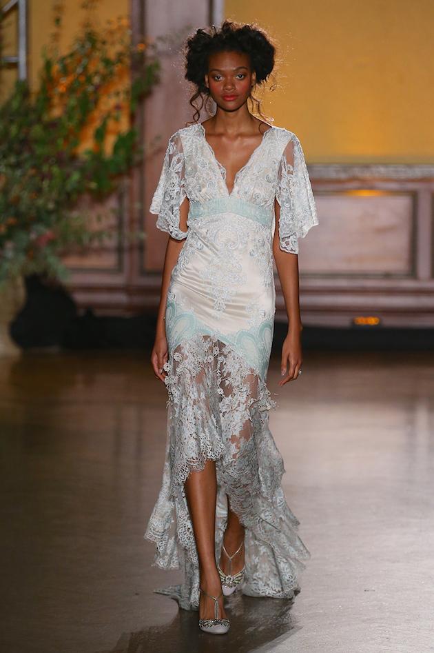 Claire-Pettibone-Wedding-Dress-Collection-NYC-Bridal-Fashion-Week-Bridal-Musings-Wedding-Blog-32-630x947