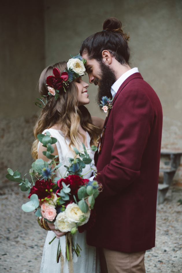 Cool Indie Wedding Inspiration Perfect For Autumn Amp Winter Weddings