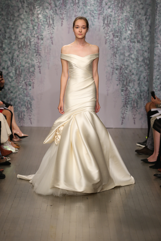 Best Of Bridal Fashion Week Monique Lhuillier Wedding Dress