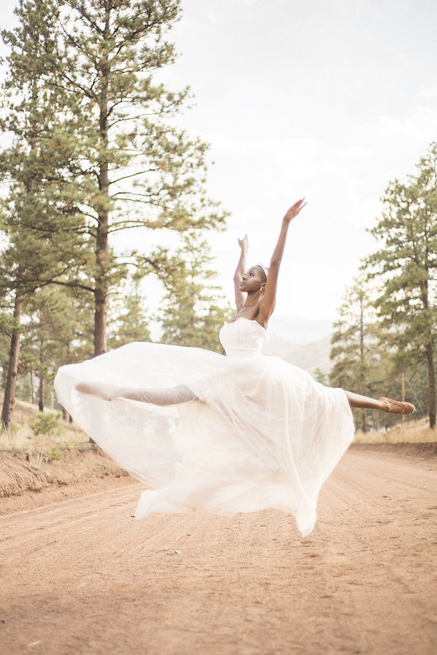 Ballet-Wedding-Inspiration-Lady-Ilg-Photography-Bridal-Musings-Wedding-Blog-9-630x944