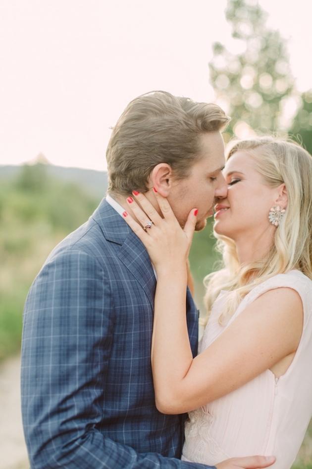 Chic-Champagne-Picnic-Engagement-Shoot-Peter-and-Veronika-Photography-Bridal-Musings-Wedding-Blog-39