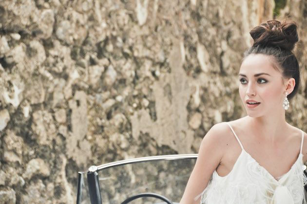 Wedding Top Knot | Bridal Hair Inspiration | Bridal Musings Wedding Blog 3