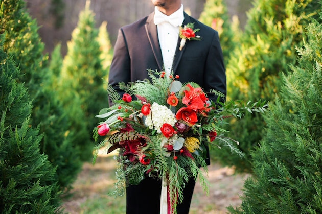 Christmas Wedding Inspiration | Unique2Chic Photography | Honeybee Events | Bridal Musings Wedding Blog 36