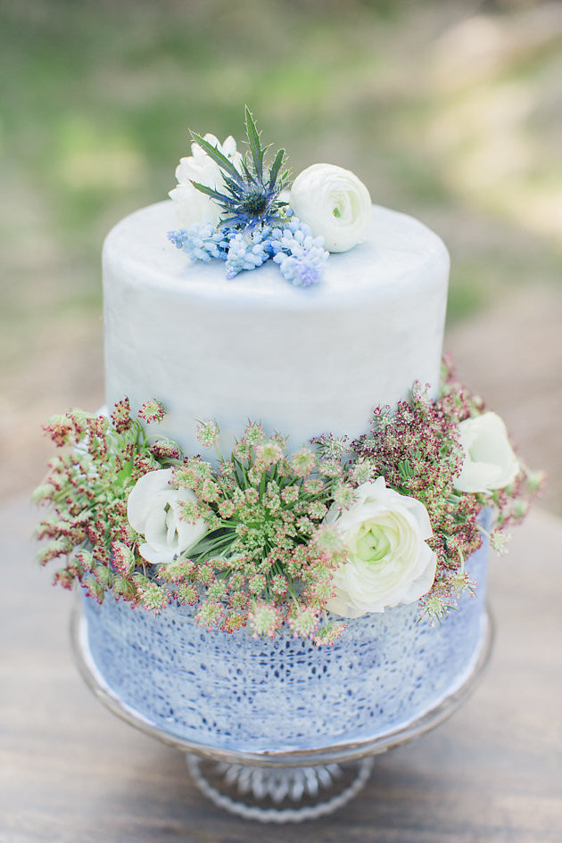 Unique-Wedding-Cakes-Best-of-2015-Bridal-Musings-Wedding-Blog-4-630x945