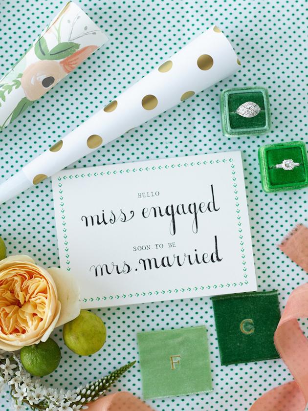 The-Mrs-Box-Win-a-Gorgeous-Vingtage-Velvet-Ringbox-Bridal-Musings-Wedding-Blog-1-630x841