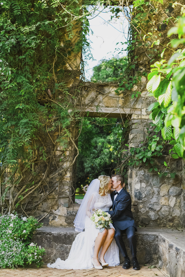 Beautiful-Hawaii-Elopement-Angie-Diaz-Photography-Bridal-Musings-Wedding-Blog-23-630x945