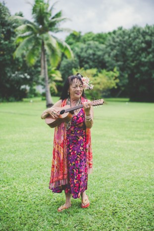 Colourful Hawaiian Wedding | Maui Maka Photography | Bridal Musings Wedding Blog 11