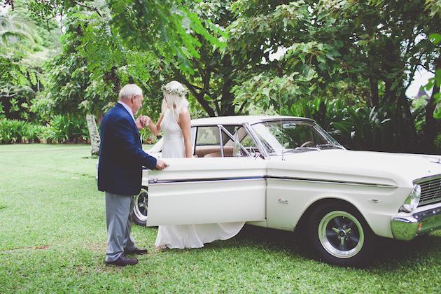 Colourful Hawaiian Wedding | Maui Maka Photography | Bridal Musings Wedding Blog 19