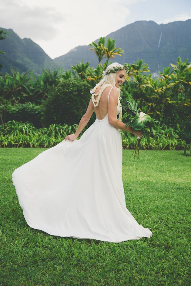 Colourful Hawaiian Wedding | Maui Maka Photography | Bridal Musings Wedding Blog 41